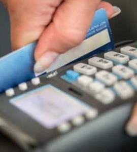 Τέρμα στις επιβαρύνσεις για πληρωμές με κάρτες