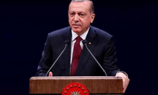 Ο Ερντογάν αμφισβητεί τη Συνθήκη της Λωζάνης και ανοίγει θέμα συνόρων